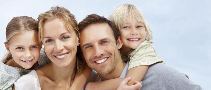 istock-happy-family 700X300
